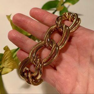 ⭐️ Gold Tone Link Bracelet